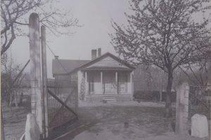 Jones' house ca. 1901. Courtesy of the Chemung County Historical Society